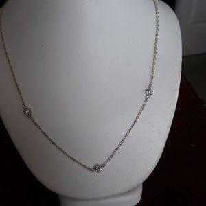 Jewelry - 14k 3 stone diamond necklace